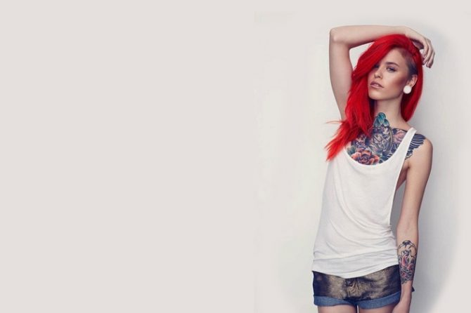 Ce spune psihologia despre femeile tatuate?